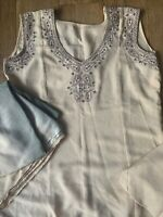 women's Summer, 3 piece, indian Long kurti and pajami suit, Size 10, Worn Once!