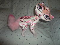 "Bratz Petz Cat Hearts 13""  Plush Soft Toy Stuffed Animal"