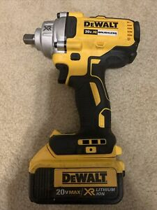 """DeWALT DCF894 20V MAX XR Cordless Impact Wrench 1/2"""" With Battery Free Shipping"""