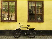 BICYCLE WINDOWS BLACK BRICK YELLOW RUSTIC PHOTO ART PRINT POSTER BMP1187A