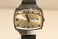 """VINTAGE RARE TV MODEL COLLECTIBLE DAY-DATE HAND WIND UP MEN'S WATCH """"TIMEX"""""""