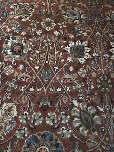 Thick woven superior quality wool rug - Dark red/ brown tones 180x270cm 9x6'