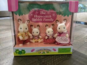 Calico Critters Hopscotch Rabbit Family New Collectible