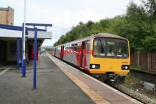 PHOTO  2009 ROCHDALE RAILWAY STATION  3-CAR 'ALEXANDER PACER' UNIT NO 144 016 LO