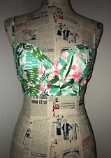 old navy petite- small bathing suit top🌺
