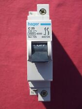 Réf MJ725 DISJONCTEUR HAGER A BORNE DECALEE 1P+N 25A 4.5/6kA COUBE C NEUF