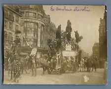 France, Paris, La Boucherie chevaline  Vintage silver print.  Tirage argentiqu