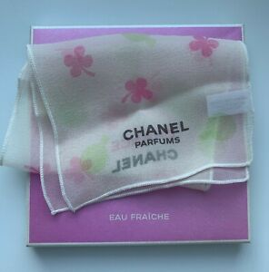 Chanel scarf on hand chance + SAMPLE CHANCE 2 ML very RARE VIP GIFT