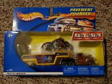 2001 HOT WHEELS DIECAST PAVEMENT POUNDER MOTORCYCLE & HAULER TRUCK YELLOW 89049