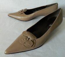 Chaussures escarpins ballerines petits talons cuir beige fleurs MINELLI 39 TBE