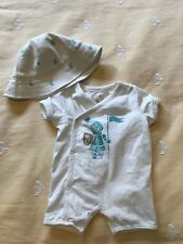 BURBERRY Baby Boy White blue Knight Romper Playsuit w/ Matching Hat Sz 6M Months