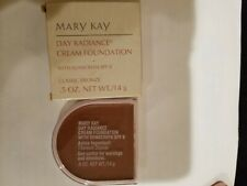 mary kay day radiance cream foundation classic Bronze