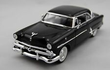 WELLY 1953 FORD CRESTLINE VICTORIA 1:24 DIE CAST METAL MODEL NEW 19cm LONG