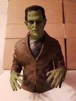 UNIVERSAL STUDIOS MONSTERS FRANKENSTEIN BUST BANK  DIAMOND SELECT