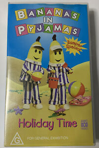 ABC FOR KIDS -BANANAS IN PYJAMAS - HOLIDAY TIME ,VHS *MINT LIKE NEW*