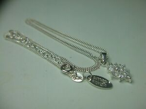 Pretty sterling silver C/Z pendant & chain (by simply silver)