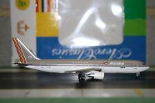 Aeroclassics 1:400 Asiana Boeing 767-300 HL7263 (AC18112) Die-Cast Model Plane