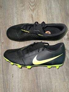 New Nike Phantom Venom  Black/Volt Soccer Cleats Women's Size 7.5 AO0577-007