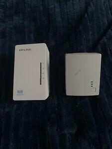 TP-LINK TL-WPA4220 AV500 Ethernet Powerline Adapters