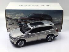 1:18 Volkswagen Teramont SUV Silver Diecast Metal Model Car