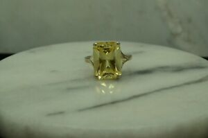 SILVER PLATED EMERALD CUT YELLOW CZ SOLITAIRE RING BAND SIZE 6.75 #X28802