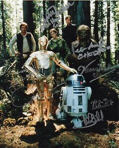 Carrie Fisher,Kenny Baker,Peter Mayhew, Mark Hamill +1 - Star Wars - Signed 10x8