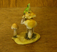 Top Collection Enchanted Story Fairy Garden #4347 FROG  on MUSHROOMS, NEW/Box