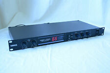 YAMAHA REV100 Digital reverberation unit with 99 programs w/ power supply