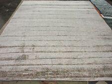 Safavieh Ivory / Grey 9' x 12' slightly damaged rug,reduced price-VTG434F-9
