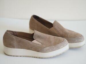 Jones Shoes 5 Beige Gold Suede Pumps Jones Bootmaker Free Flex