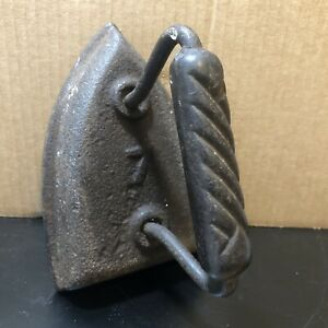 "Vintage Antique Cast Iron Sad Flat Iron Clothes Press  # 7 Rustic  6"" L x 4"" W"