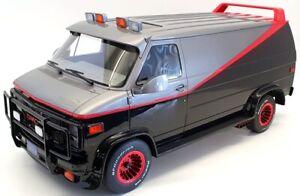 Greenlight 1/12 Scale Model Car 12101 - 1983 GMC Vandura A Team