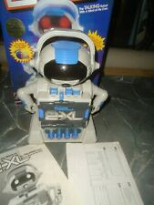 Tiger 2-XL Electronic Talking Robot + World Of Science Tape 1992 TESTED