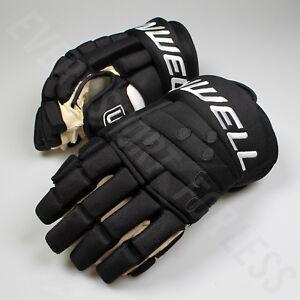 Winnwell Classic 4-Roll Pro Senior Hockey Gloves - Black (NEW)