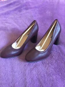 Clarks Grace Eva court shoes , burgundy U.K. 7