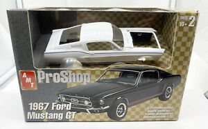 AMT Ford 1967 Mustang GT ProShop Pre Painted Promo Kit 1/25th NEW