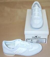Size 6 Women's White Bowling Shoes - FREE SHIPPING