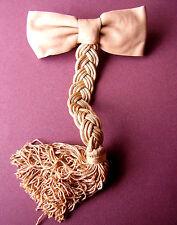 1495 /  BARRETTE CUIR BEIGE ET TRESSE EN PASSEMENTERIE