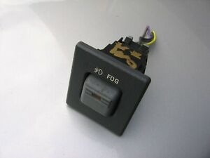 95-99 TAHOE SUBURBAN YUKON DASH FOG LIGHT SWITCH ESCALADE 2000---WITH CONNECTOR