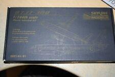SKYLINE 1:144 MODELS  BOEING 737-300   SKY144-01