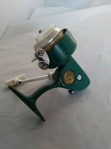 Vintage Green Penn 714 Spinfisher UltraSport Spinning Reel
