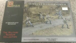 Pegasus Hobbies - German Fallschirmjager - No.3204 - 1/32 scale model figure kit