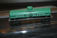 Vintage  HO Scale Cities Service  Green Tank Tanker Car