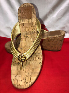 Tory Burch Made in Dominican republic Women Gold metal leather wedges. Sz-9M.