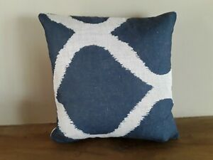 Geometric fabric Cushion Cover - 2