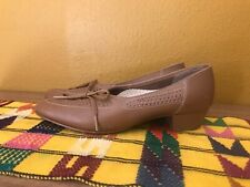 1960s Women's cut out Vintage Hush Puppies loafers tan size 6.5-7 boho mod