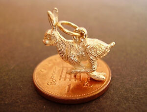 BEAUTIFUL 9CT GOLD '  RUNNING HARE '  CHARM CHARMS