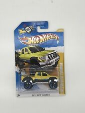 Hot Wheels 2012 New Models Series #40 '10 Toyota Tundra Yellow w/ OR6SPs