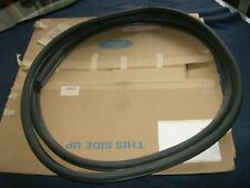 Nos 1984 1985 1986 Ford Tempo Door Weatherstrip