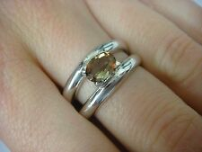 18K WHITE GOLD & GENUINE ANDALUSITE LADIES TWO BANDED RING 7.4 GRAMS, SIZE 7.5